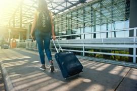 Companhia aérea vai indenizar família por desembarcar adolescente em cidade diferente do destino